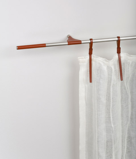 Pelle de Nya Nordiska | Herrajes para cortinas