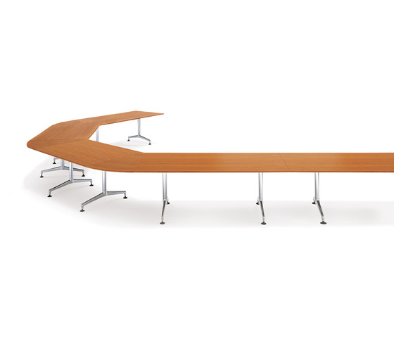 8460 Ona desk by Kusch+Co | Seminar tables