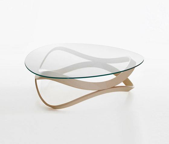 Newton NW 1597 by Karl Andersson | Lounge tables