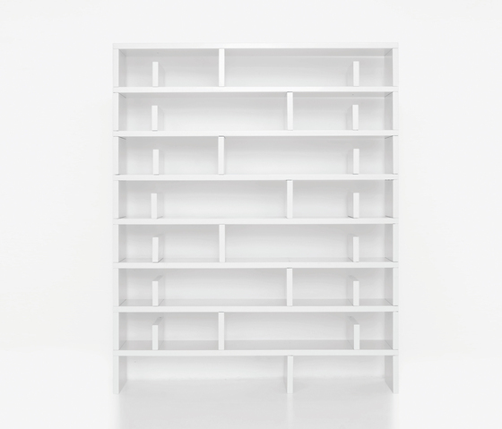 Sign Komb 10 by Karl Andersson | CD racks