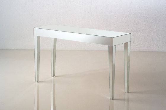 Luxor by Porada | Console tables