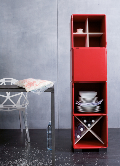 q18_kitchen_high red by qubing.de | Shelves