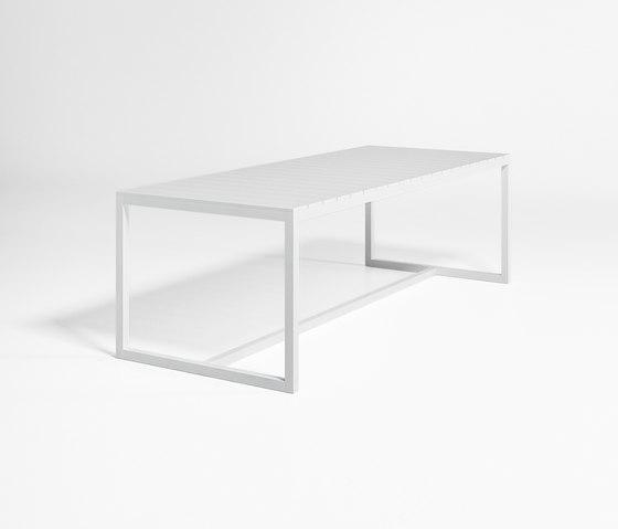 Saler Tavolo di GANDIABLASCO | Tavoli da pranzo da giardino