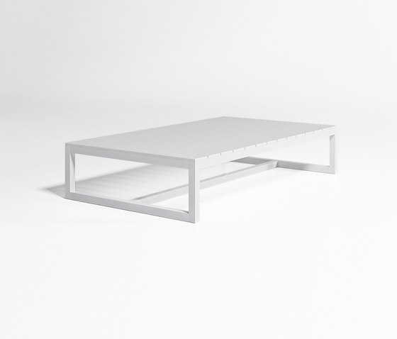 Saler Low Table by GANDIABLASCO | Coffee tables