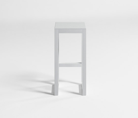 Saler High Stool by GANDIABLASCO | Bar stools