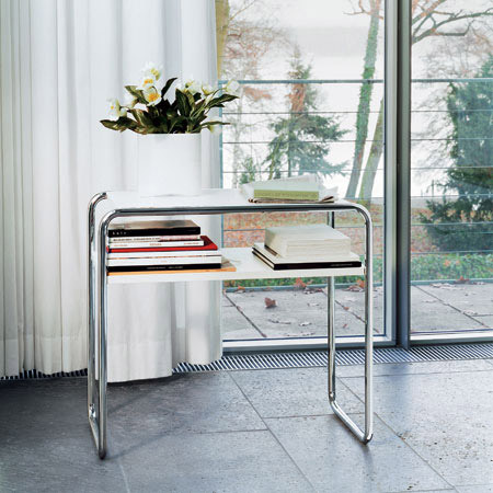 B 9 d/1 by Thonet | Console tables