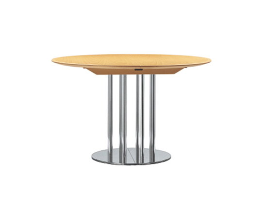 S 1047 by Thonet | Dining tables