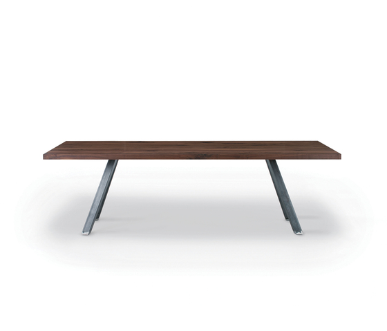 Haka by Riva 1920 | Dining tables
