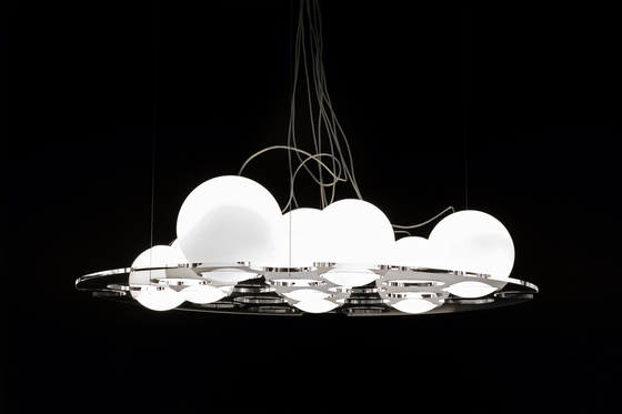 Plateau | 476 by Oluce | General lighting