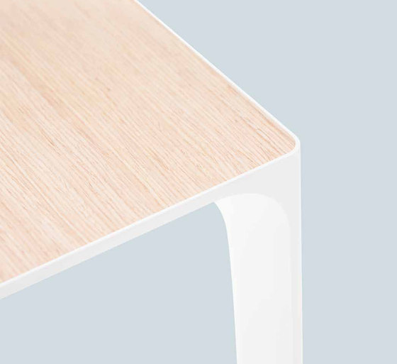 Nuur by Arper | Meeting room tables
