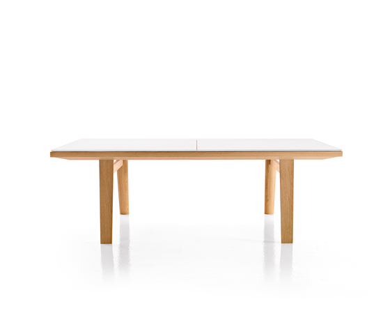Hans by B&B Italia | Dining tables