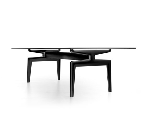Flow table* by MDF Italia | Dining tables