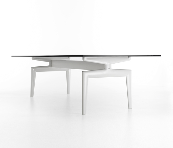 Flow table* de MDF Italia | Mesas comedor