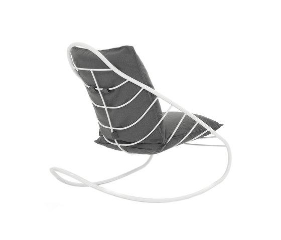 Framura rocking chair by De Padova | Garden armchairs