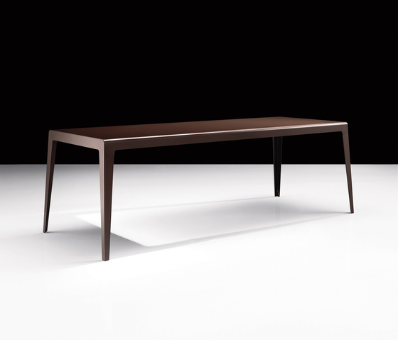 Flat by Sovet | Dining tables