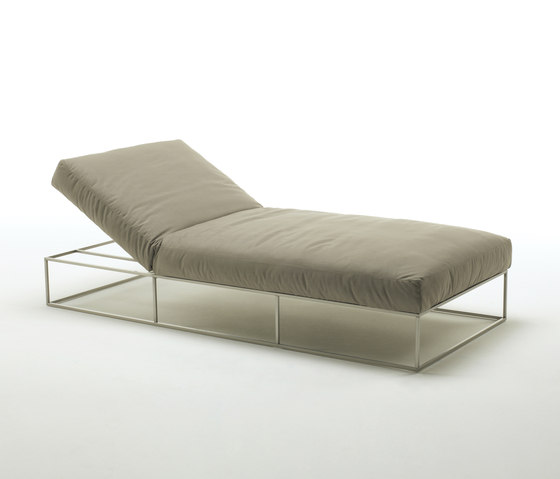 Ile Club von Living Divani | Chaise Longues