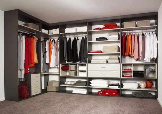 Legno interior closet storage system de raumplus | Dressings