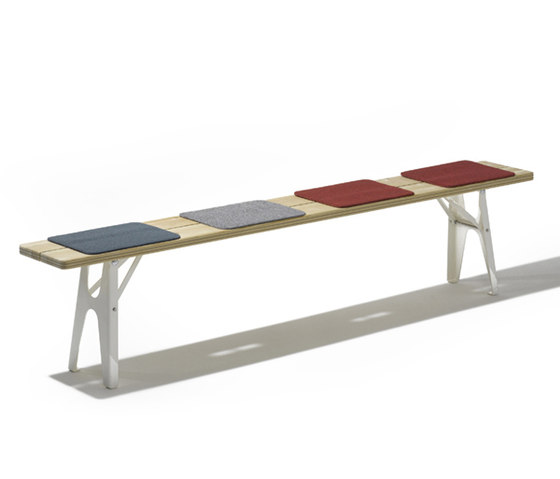 Ludwig bench de Richard Lampert | Bancs de jardin