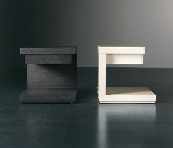 Cluny Night table with drawer by Meridiani   Night stands