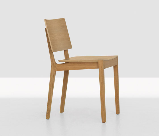 Finn by Zeitraum | Restaurant chairs