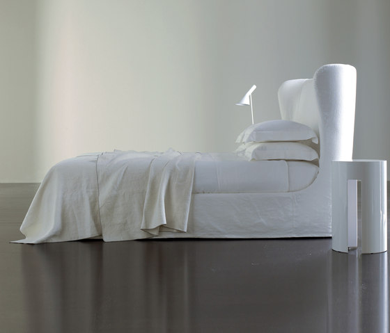 Lauren Ghost Bed by Meridiani   Double beds