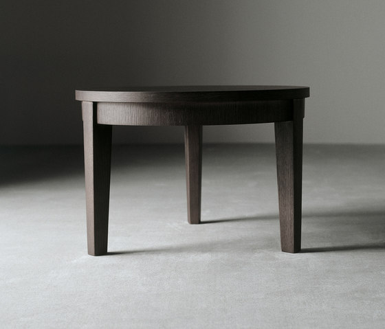 Stewart Low Table by Meridiani | Side tables