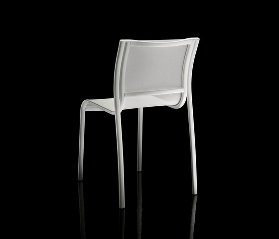 Paso Doble chair by Magis | Visitors chairs / Side chairs