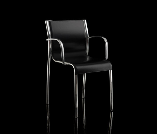 Paso Doble armchair by Magis | Visitors chairs / Side chairs