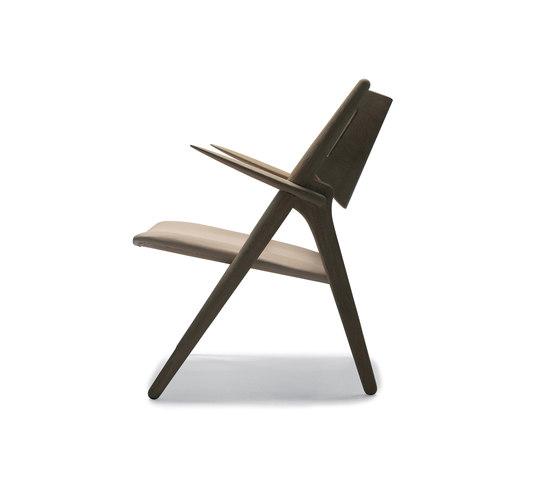 CH28 by Carl Hansen & Søn | Lounge chairs