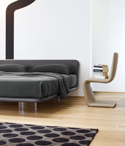 Giotto by Bonaldo | Double beds