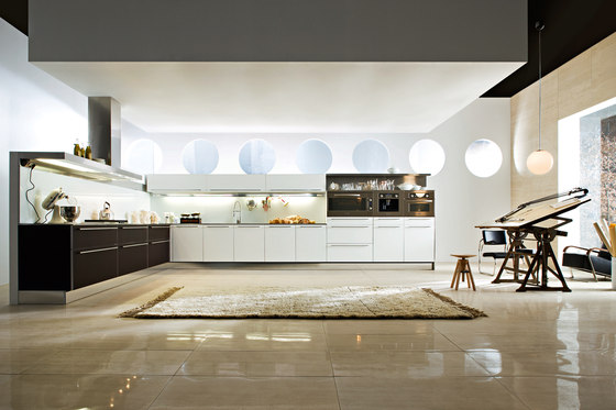 Vela Aluminium by Dada | Fitted kitchens