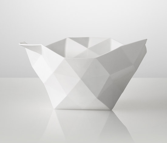 Crushed Bowl | large von Muuto | Schalen