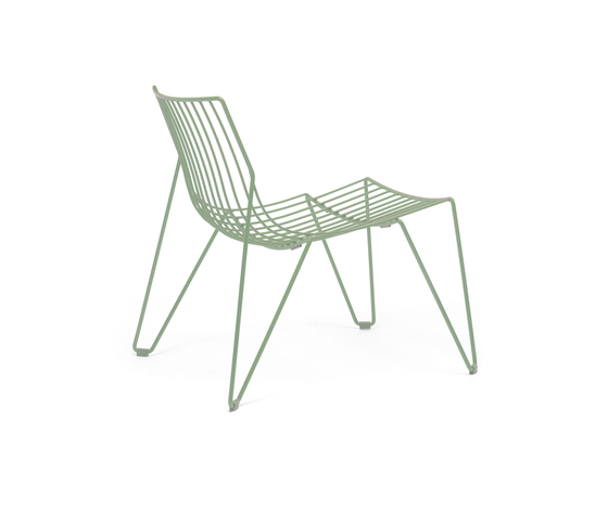 Tio Easy Chair de Massproductions | Fauteuils de jardin