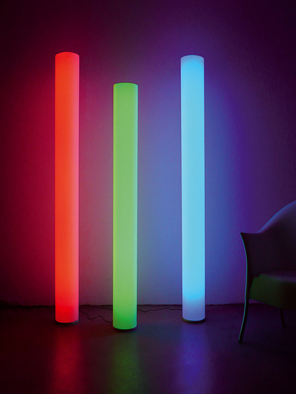 WHITE FLOOR XL COLORLED by chameledeon | Free-standing lights