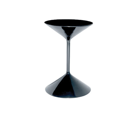 Tempo | 631 by Zanotta | Side tables