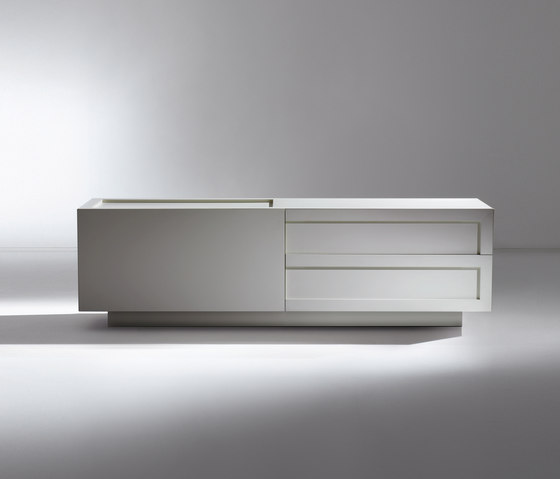 Sculture | Sideboard ML 30 A by Laurameroni | Sideboards
