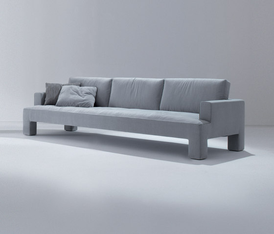 Alto Piano | Sofa by Laurameroni | Lounge sofas