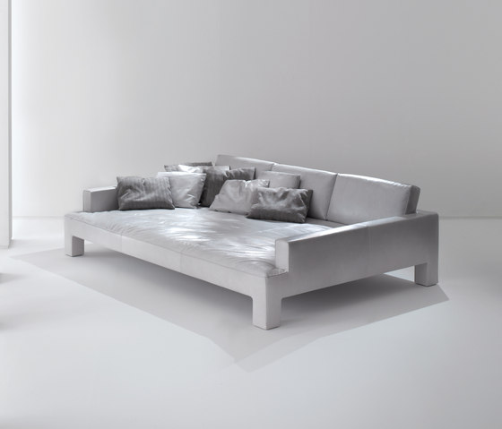 Alto Piano | Sofa by Laurameroni | Sofas
