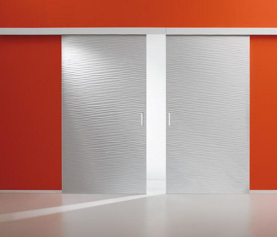 Graffiti | Sliding Door Onda S by Laurameroni | Internal doors