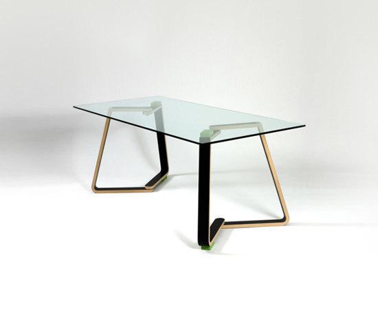 Twin C Dining Table von Green Furniture Concept | Esstische