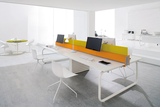 Shi by Martex | Desking systems