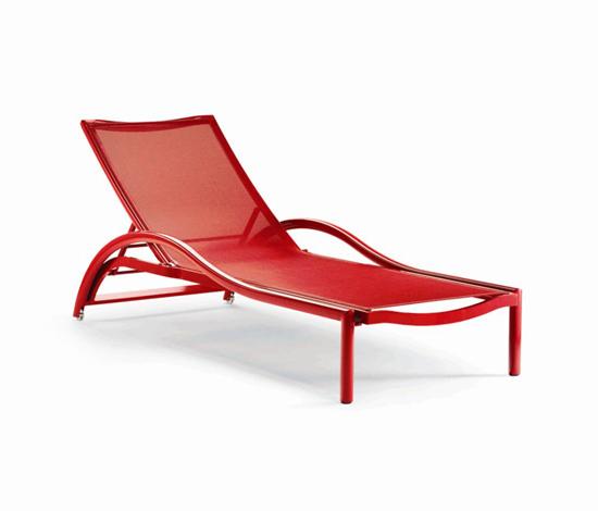 Premiere Sunbathing Chair di EGO Paris | Sdraio da giardino
