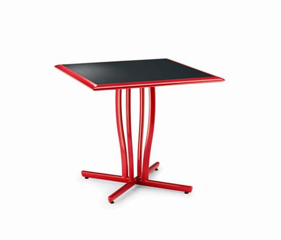 Premiere Pedestal Table de EGO Paris | Tables de repas