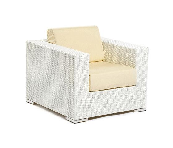 Cora lounge chair by Varaschin | Garden armchairs