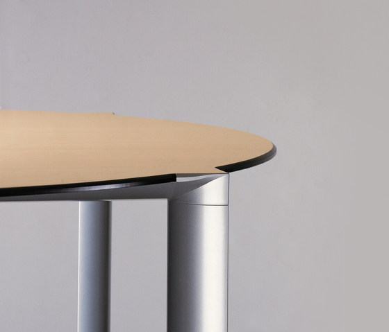 Ahrend 1030 by Ahrend | Conference tables