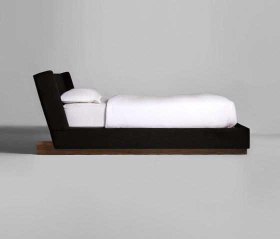 Trax Bed de Phase Design | Lits doubles