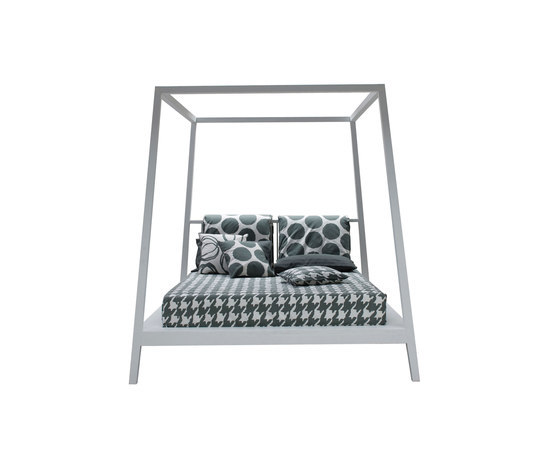 Gray 81 E by Gervasoni | Double beds