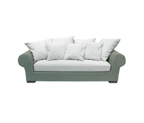 InOut 602 by Gervasoni | Garden sofas