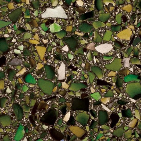 Vetrazzo® Bistro Green w. Patina von Vetrazzo® | Glas-Küchenarbeitsplatten