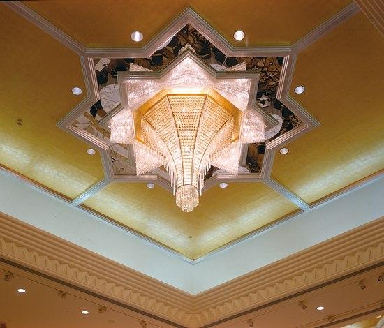 Grand Hyatt Dubai - 171175 di Kalmar | Lampadari a corona